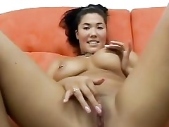Obese asian loves sucking smarting cocks